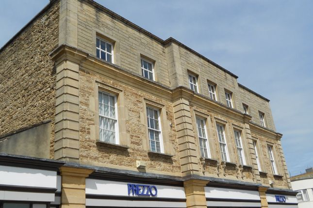 Thumbnail Flat to rent in Park Road, Yeovil