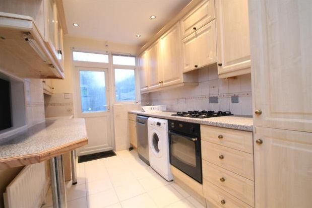 Thumbnail Property to rent in The Woodlands, Hither Green