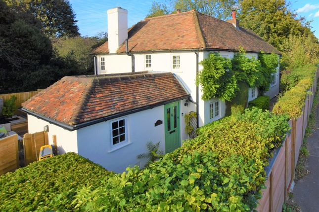 Thumbnail Cottage for sale in Charing Hill, Charing, Ashford