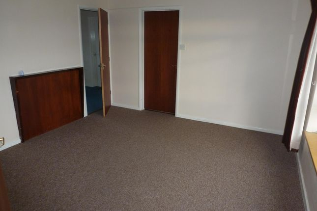 Thumbnail Flat to rent in Coldhorn Crescent, Wisbech, Cambs