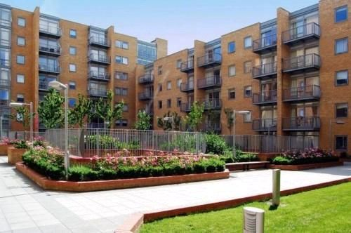 Thumbnail Flat to rent in Constable House, Canary Central
