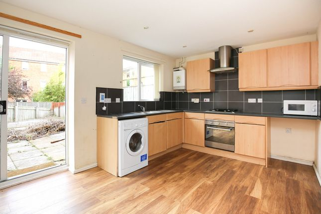 Thumbnail Town house to rent in Foster Drive, St James Village, Gateshead