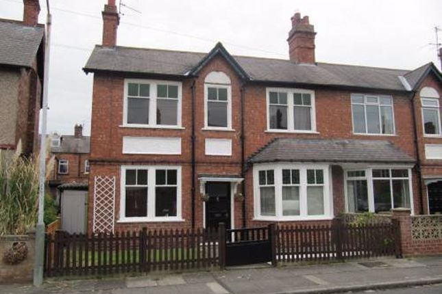 Thumbnail Property to rent in West Crescent, Darlington