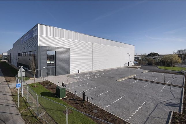 Thumbnail Industrial to let in Unit 7, Thatcham Park, Gables Way, Thatcham, Berkshire