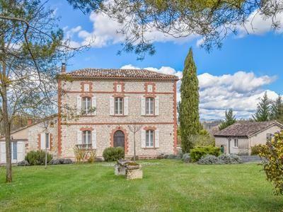 Castelnau-De-Montmiral, Tarn, France