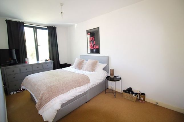 Double Bedroom of Godstone Road, Whyteleafe CR3