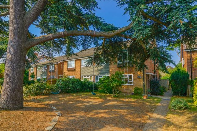 Thumbnail Flat for sale in Stanley Road, East Sheen