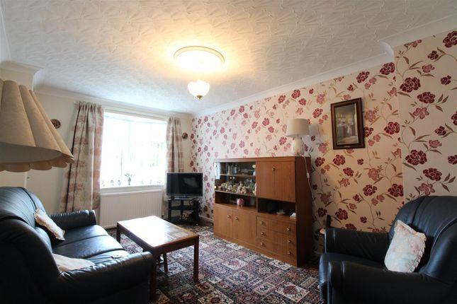 Living Room of Countess Close, Hull HU6