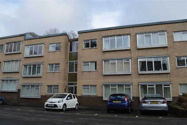 Thumbnail Flat for sale in Long Oaks Court, Swansea