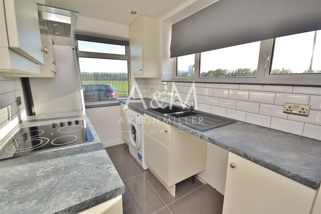 Thumbnail Maisonette to rent in Starch House Lane, Ilford
