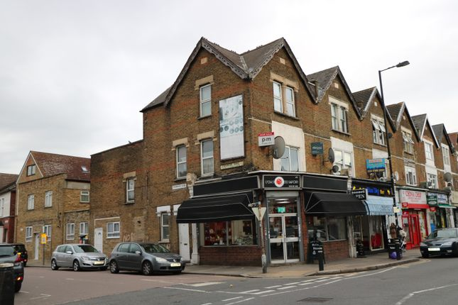 Thumbnail Duplex for sale in West Green Road, West Green, London