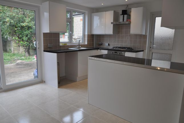 Thumbnail Semi-detached house to rent in Hitherwell Drive, Harrow Weald, Middlesex