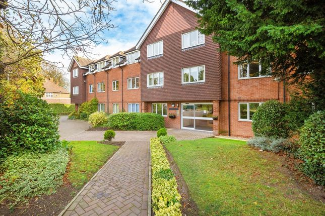 Thumbnail Property for sale in Collingwood Court, Royston