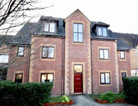 Thumbnail Flat to rent in Morse Close, Pewsham, Chippenham