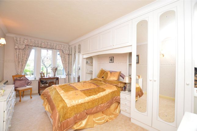 Picture No. 03 of The Manor, 10 Ladywood Road, Oakwood, Leeds LS8