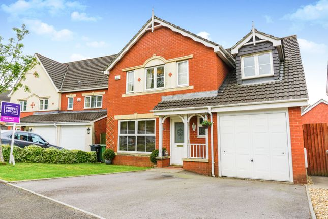 Thumbnail Detached house for sale in Bassetts Field, Thornhill