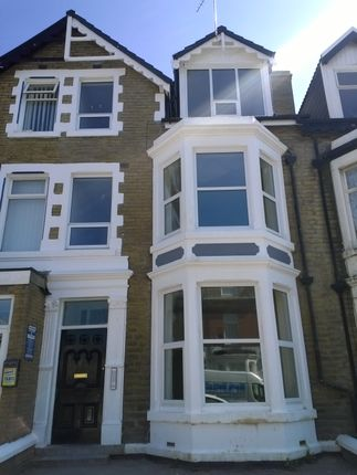 Thumbnail Flat to rent in Reads Ave, Blackpool