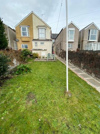 Thumbnail Flat to rent in Beechwood Road, Uplands, Swansea