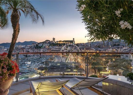 Thumbnail Apartment for sale in Boulevard De La Croisette, 06400 Cannes, France