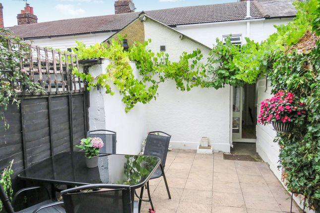 Thumbnail Cottage for sale in Ryarsh Lane, West Malling