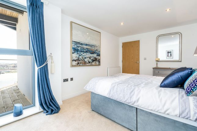 Thumbnail Flat for sale in Brighton Road, Shoreham-By-Sea