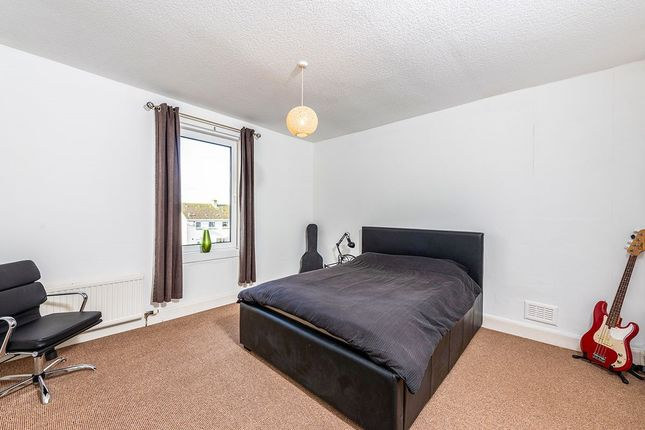Bedroom 1 of Dundonald Crescent, Cardenden, Lochgelly, Fife KY5