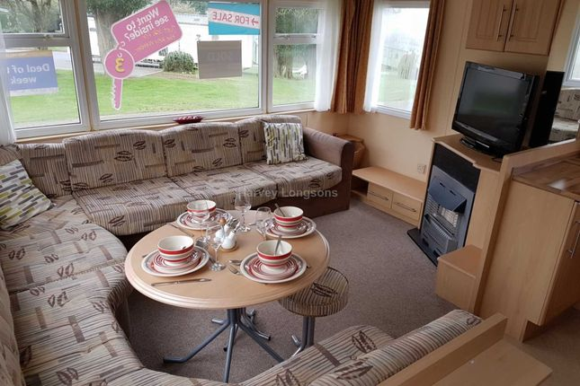 2 bed mobile/park home for sale in White Cross, Newquay