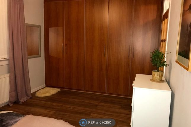 Bedroom With Large Floor To Ceiling Wardrobes