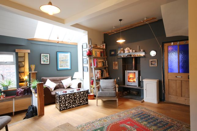Thumbnail Semi-detached house to rent in Highfields, Forest Row, East Sussex