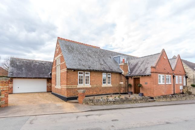 Thumbnail Cottage for sale in School Hill, Irchester, Wellingborough