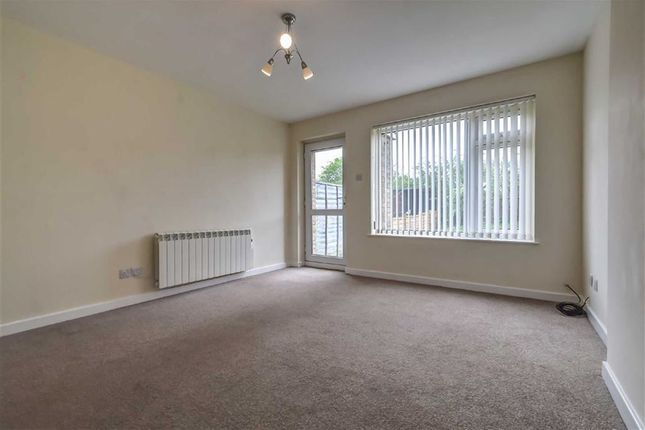 Thumbnail Terraced house to rent in Nairn Close, Downfield Avenue, Hull