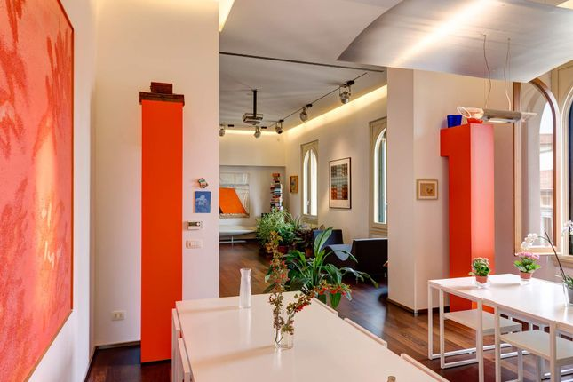 2 bed apartment for sale in Florence, Italy