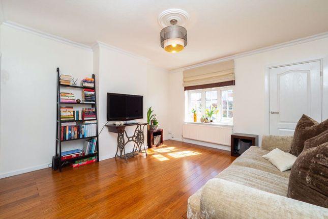 2 bed property to rent in Clensham Lane, Sutton SM1