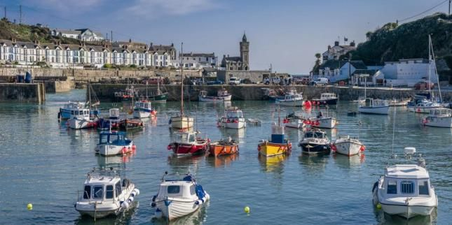 4 bed detached house for sale in Porthleven, Helston, Cornwall TR13