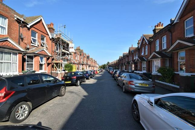 2 bed terraced house to rent in Greys Road, Eastbourne BN20