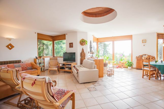 Thumbnail Detached house for sale in Pösingermajor, Budapest, Hungary