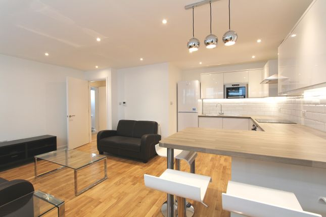 Thumbnail Flat to rent in Stucley Place, Camden Town, London