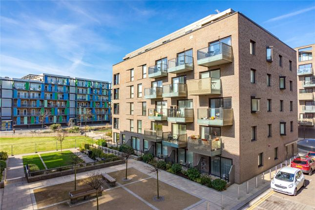 Thumbnail Flat for sale in Watson House, 4 Mill Park, Cambridge