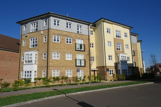 Thumbnail Flat to rent in Stadium Approach, Stoke Mandeville, Aylesbury