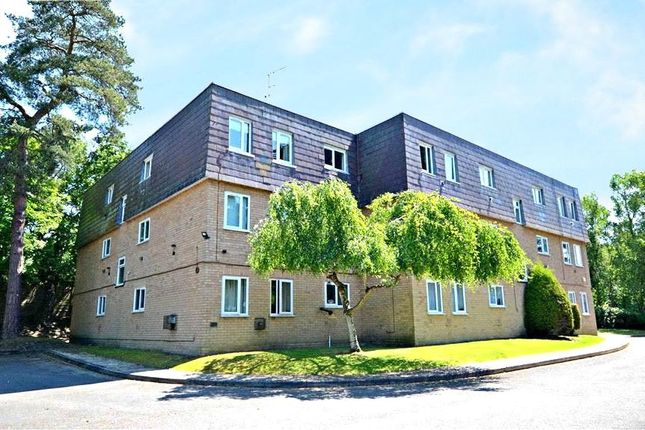 Thumbnail Flat for sale in Woodlands Court, Claremont Wood, Sandhurst
