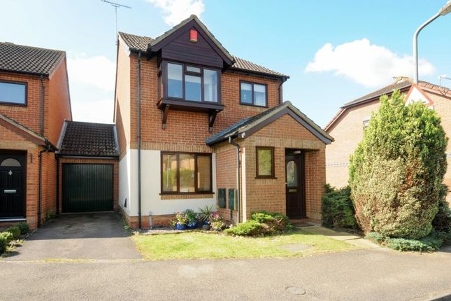 Thumbnail Link-detached house for sale in Hillier Road, Aylesbury