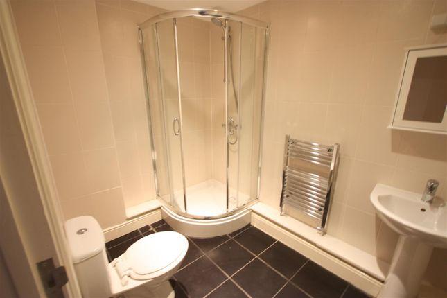 1 Longshore Apartments Shower Room
