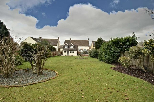 Thumbnail Detached house for sale in Rambling Way, Potten End, Berkhamsted