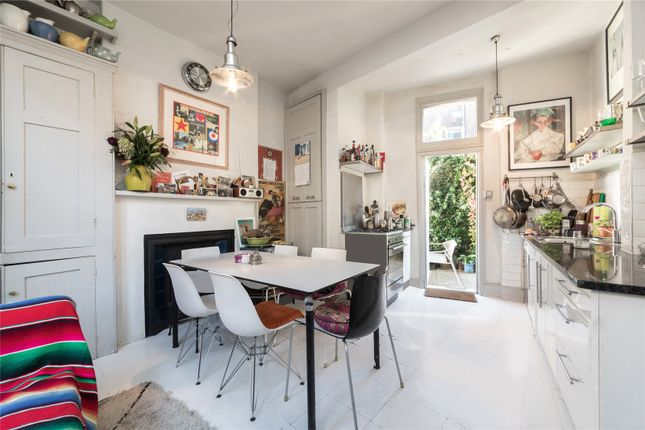 Thumbnail Property for sale in Hormead Road, London