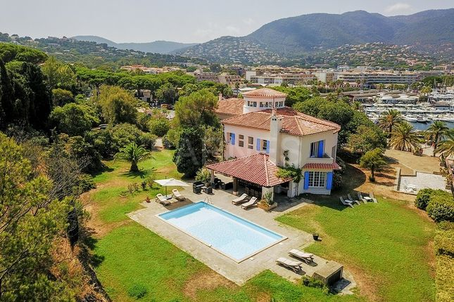 Properties for sale in cavalaire sur mer saint tropez for Atypic immo