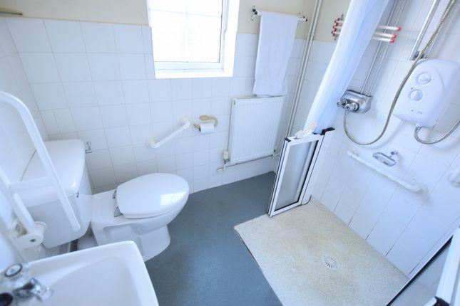 Shower Room of Val Prinseps Road, Pevensey Bay BN24