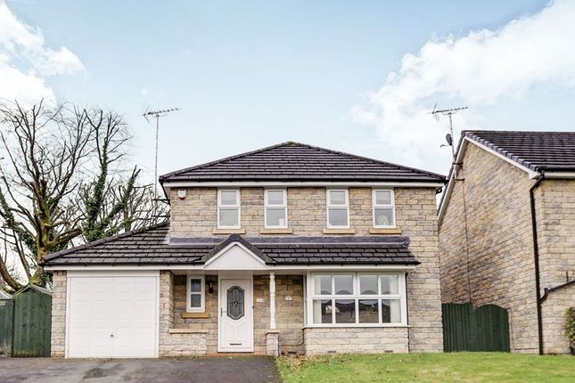 Thumbnail Detached house to rent in Brooklands Drive, Glossop