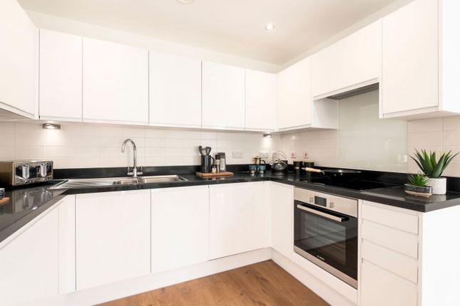 2 bedroom flat for sale in So Resi Addlestone, Addlestone