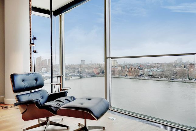 Thumbnail Flat to rent in Hester Road, Battersea, London