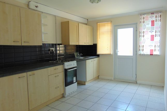 Thumbnail Terraced house to rent in Ropley Close, Southampton